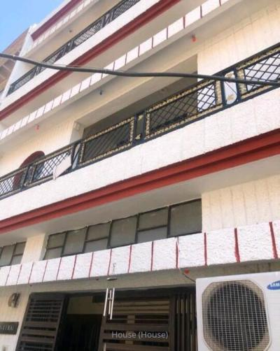 ₹ 3 Crore, 6 bhk House/Villa in Sector 46-Chandigarh - House