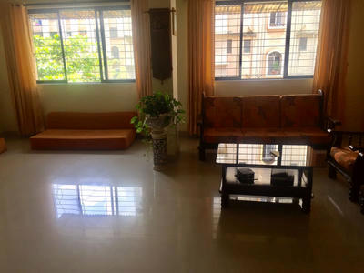 ₹ 2.25 Crore, 4 bhk Residential Apartment in Ghodbunder Road - Hall