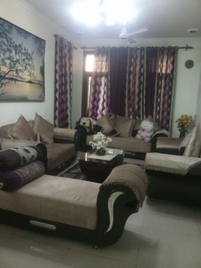 ₹ 1.5 Crore, 4 bhk Residential Apartment in Sector 49d - Hall